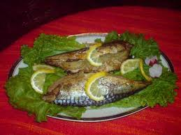 Grilled mackarel with onions